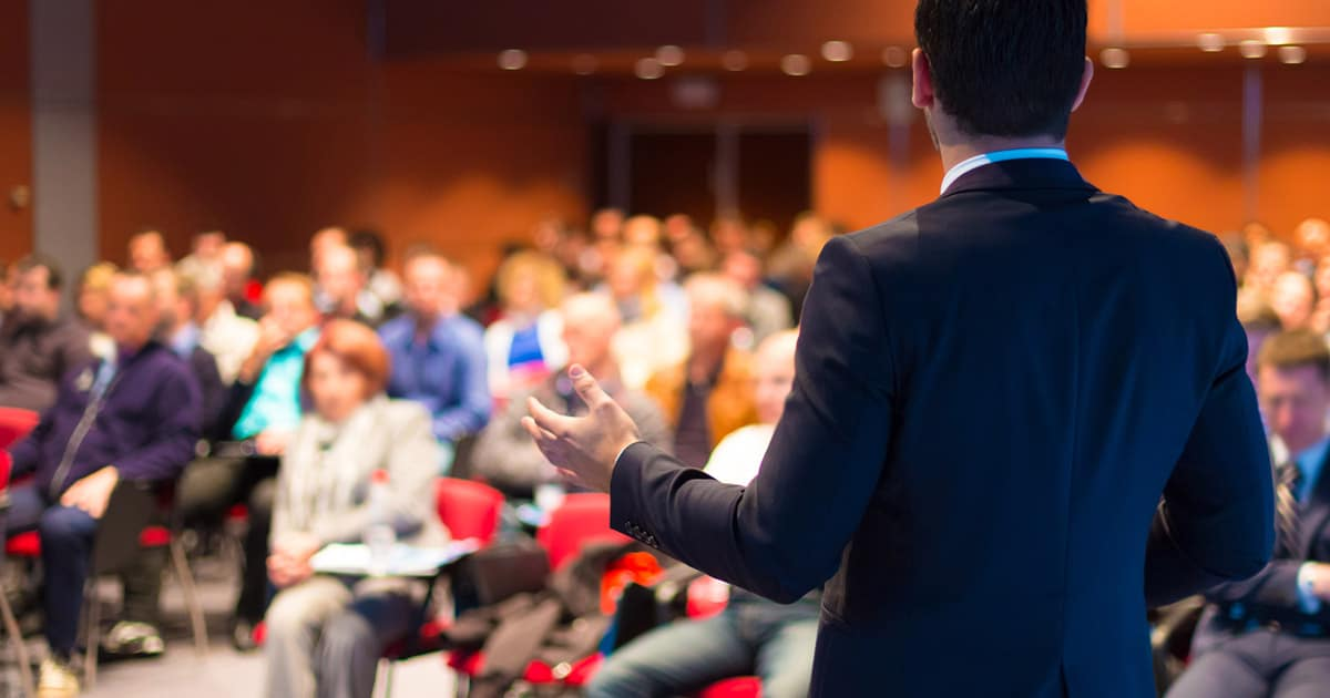 presentation skills training crowd